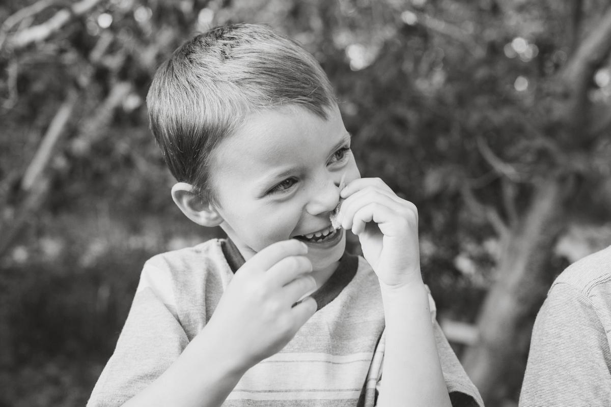 Reno family photographer silly brother kristi gayton photography