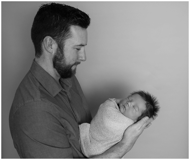 reno-newborn-photographer-daddy-with-son-kristi-gayton-photography