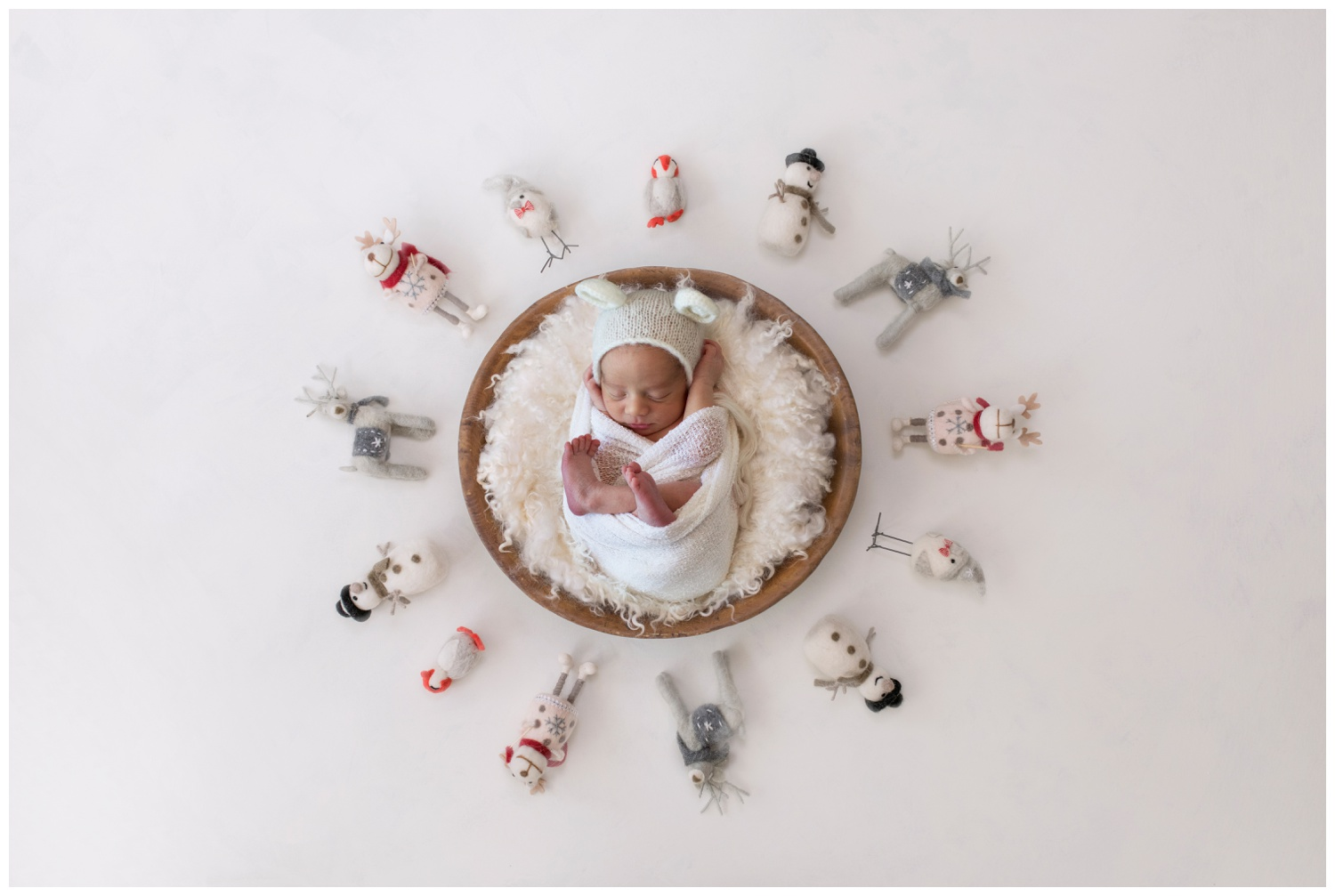 newborn august composite snowman kristi Gayton photography