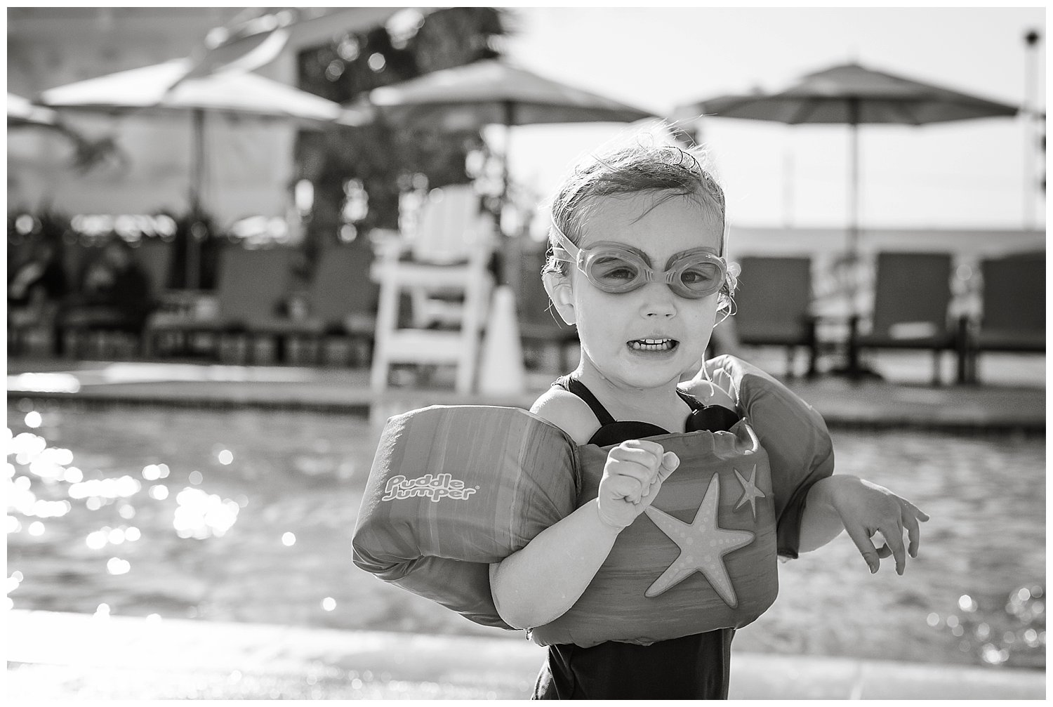 Rocking the goggles!