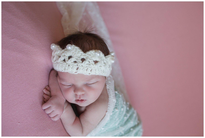 babygirlnewbornwhitecrochetcrown.jpg