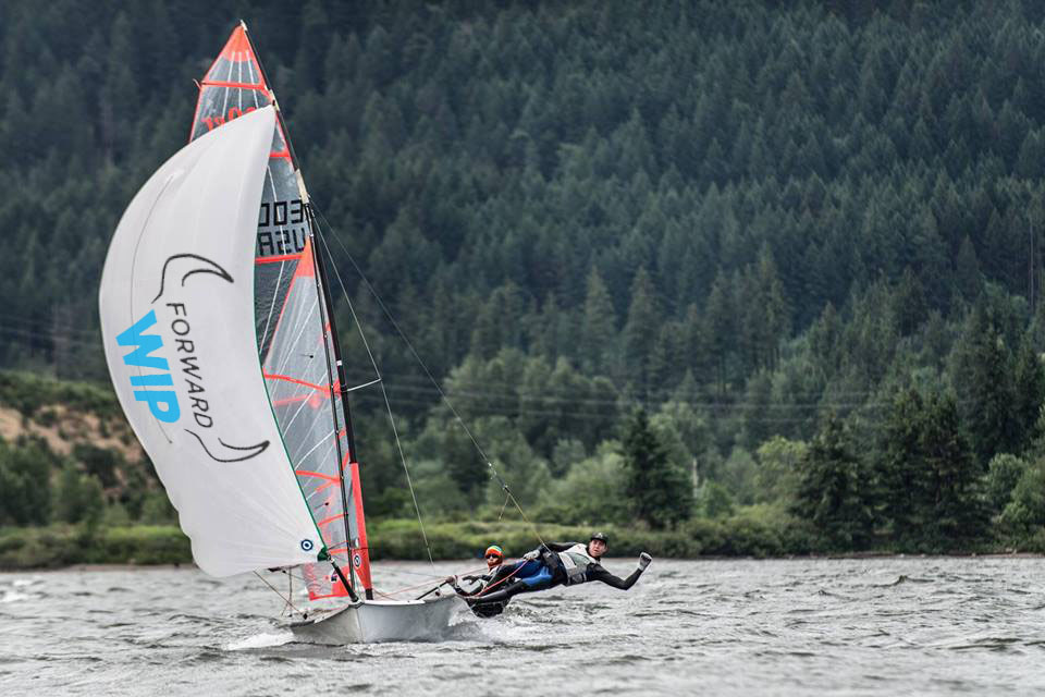 Quinn Wilson and Riley gibbs sailing the 29er on the colombia river gorge