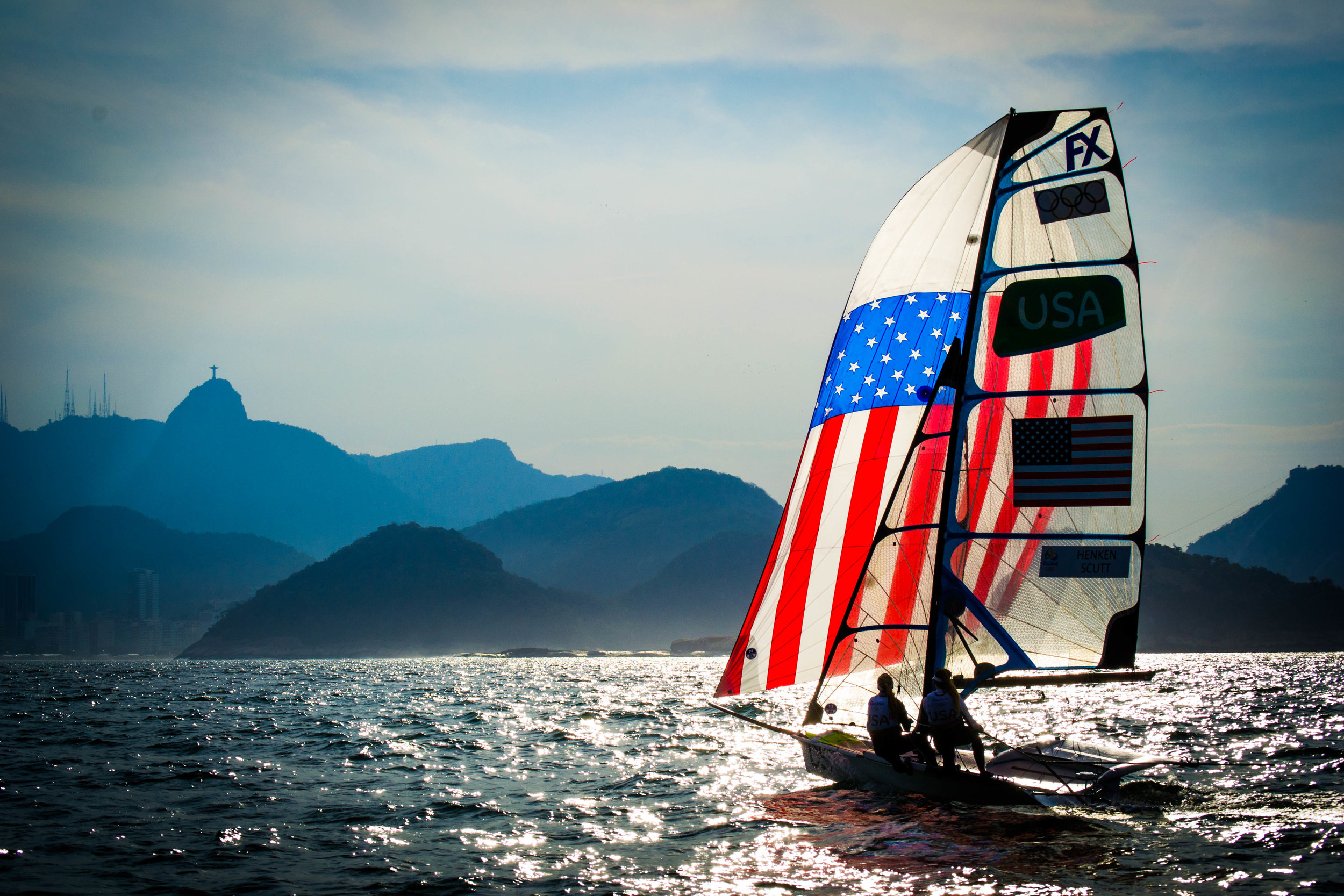 paris henken and helena scutt preparing for the Olympic games in their 49er FX sailboat