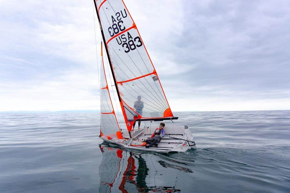Jordan Janov and Grant Janov, brothers sail the 29er sailboat together in light wind conditions