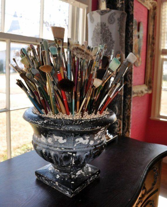 Organized paintbrushes for motivation