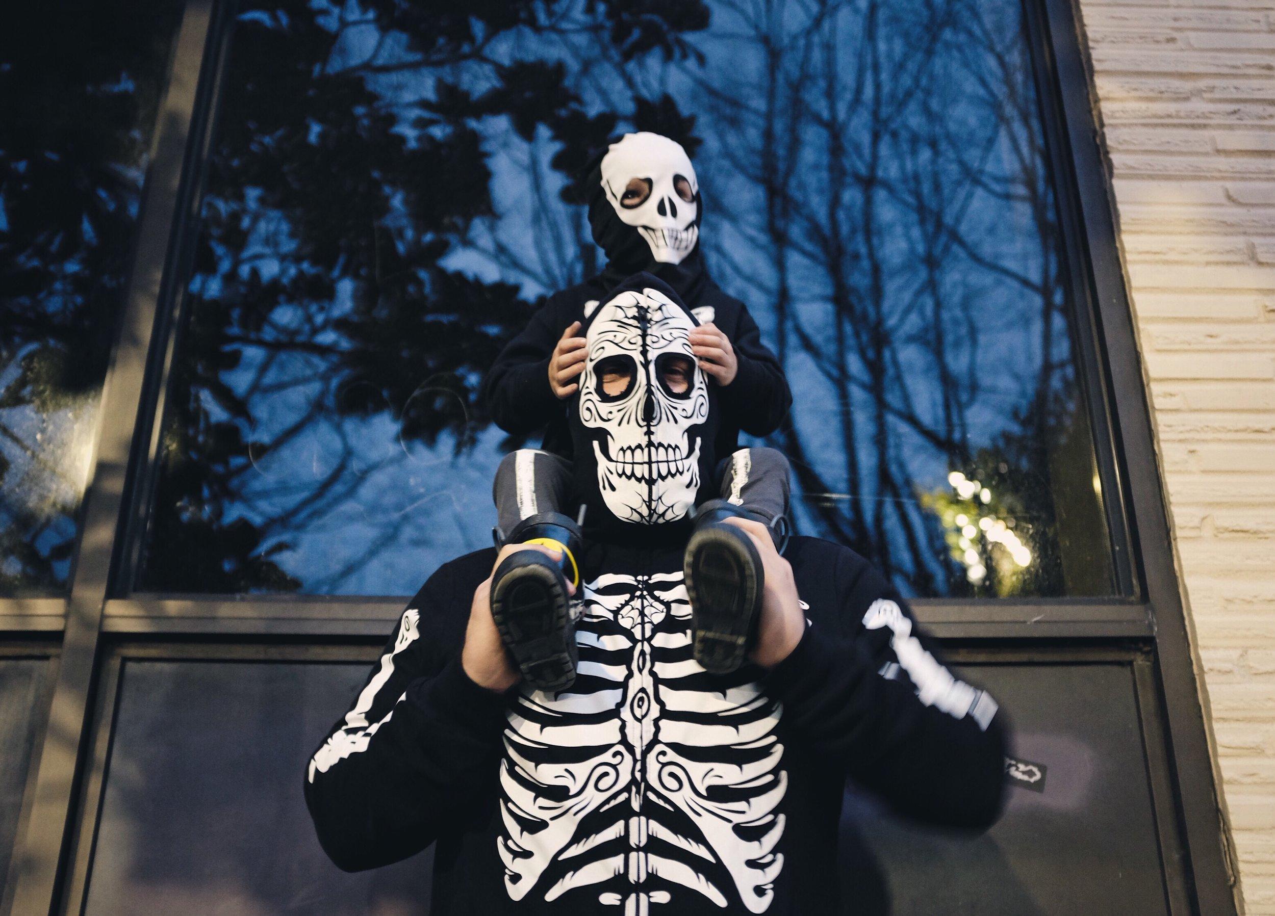 skeleton costume father son