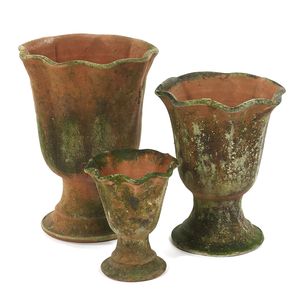 Aged Acanthus Urn Large (2) Small (3)