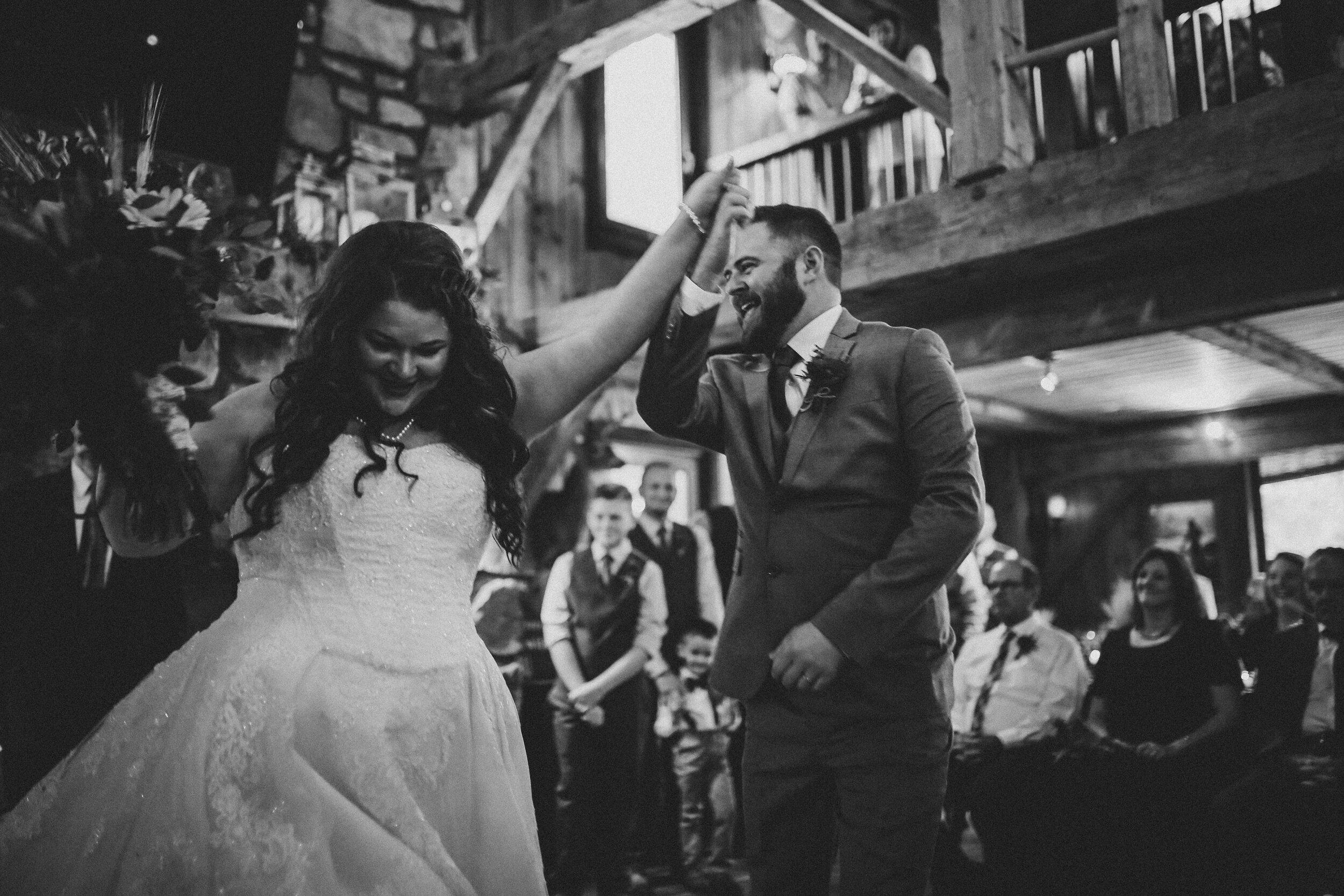 ERP_2017_Amber-Matt_west-virginia-mountain-lodge-Wedding-338-2.jpg