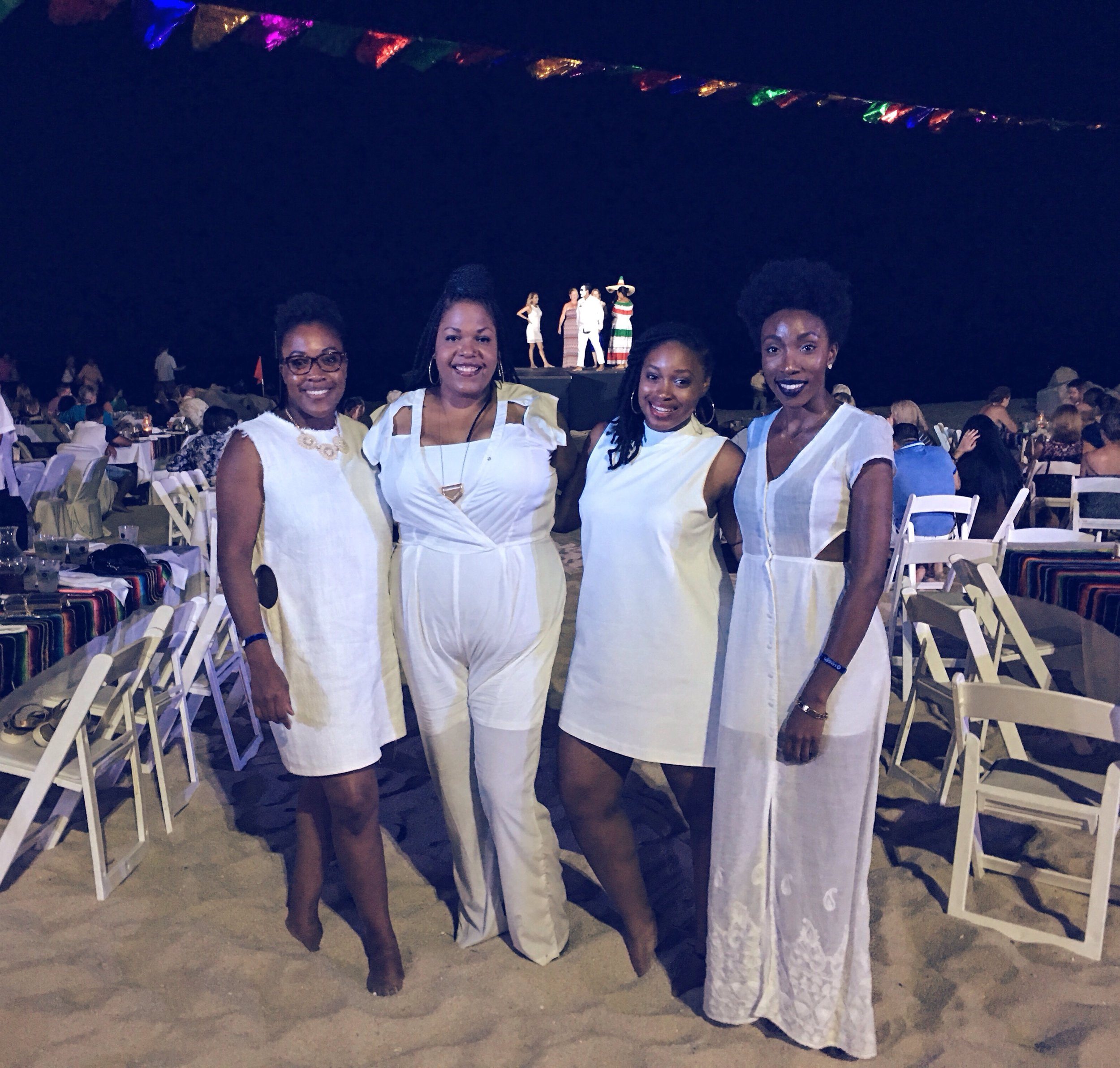 There was a White Party at our hotel on the beach with food and traditional Mexican dancing and music, so we had to come out and Slay!!!