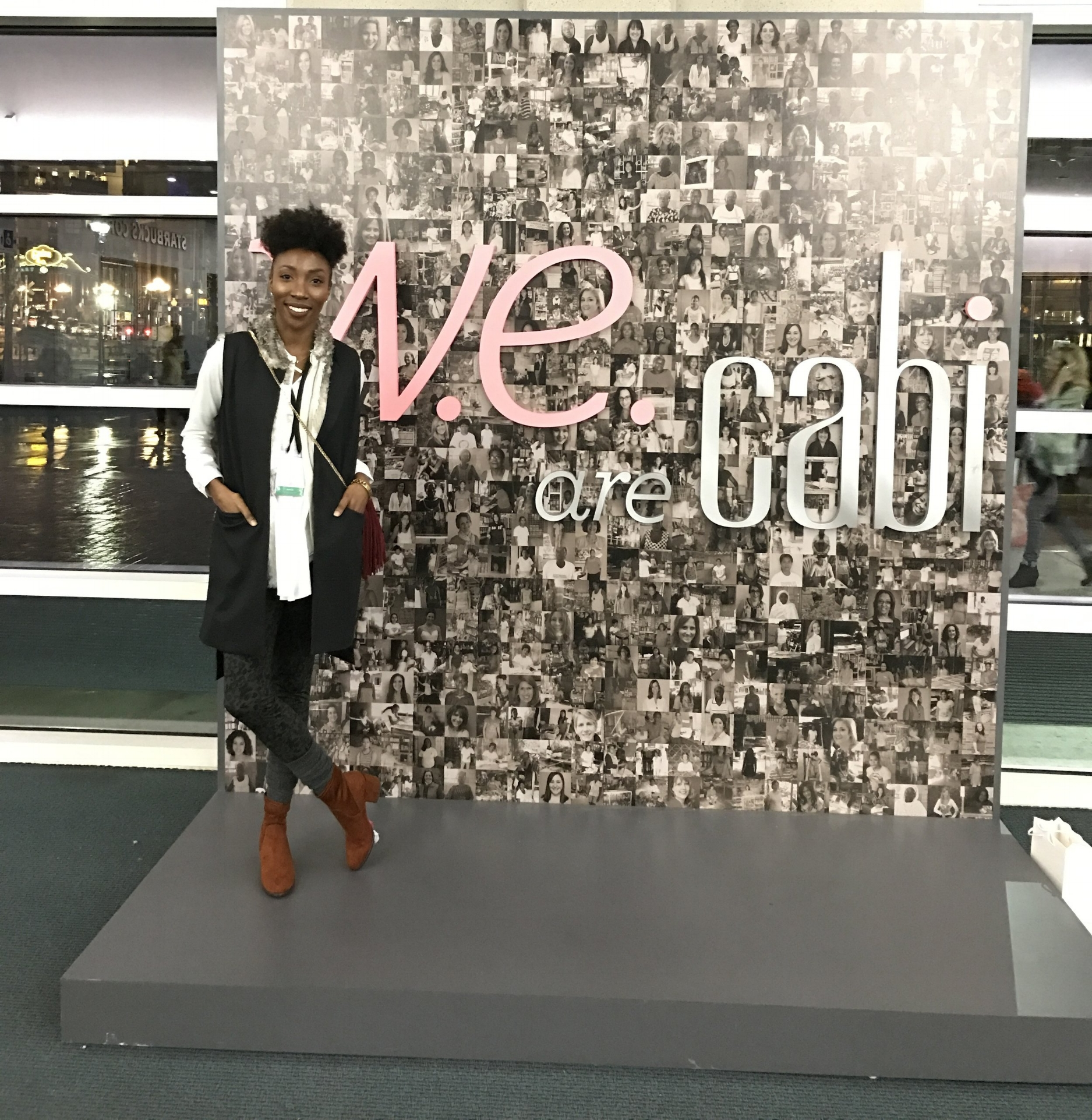 After the show... My self and the other bloggers took photos, did a little shopping and went to dinner! It was fun chatting and getting to know the other girls!!!  Check out my haul and see what I got from the  Cabi  shopping event  https://youtu.be/p4UZ56AkvIM