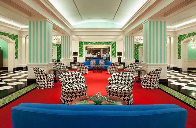 "Wednesday inspiration is the vibrant ""Greenbrier Avenue"" at the Greenbrier Resort, designed by the famous Carleton Varney. Photo by Greenbrier. #hkplusc #Greenbrier #vibrance #color #interiordesign #dorothydraper #carletonvarney"