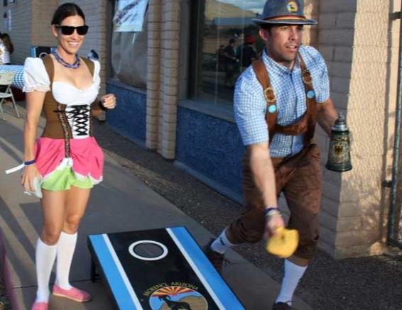9-23-Photo-Cornole-toss-man-tosses-777x437.jpg