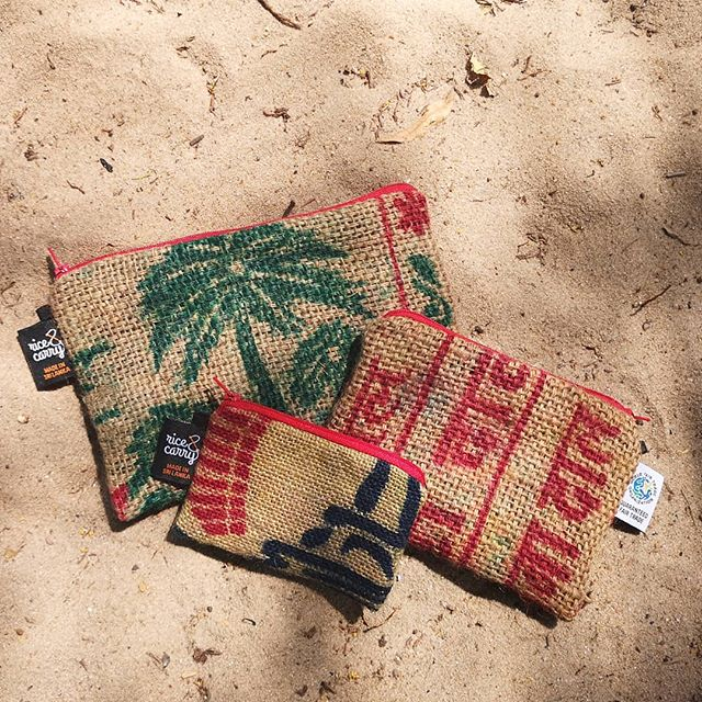 Reused spice sacks turned into lined purses. They are available in 3 sizes at various retailers islandwide  #reused#hessian#upcycle#fairtrade#empoweringwomen #srilanka#arugambay#giftwithpurpose#souvenir#palmtree