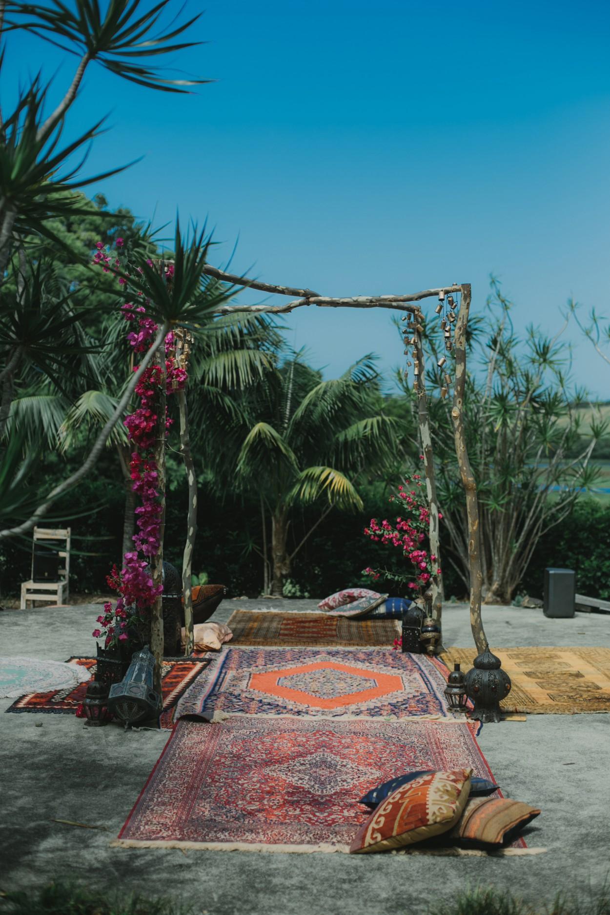 I-Got-You-Babe-Weddings-The-Riad-Byron-Bay-Wedding-Kitty-Jimmy071.jpg