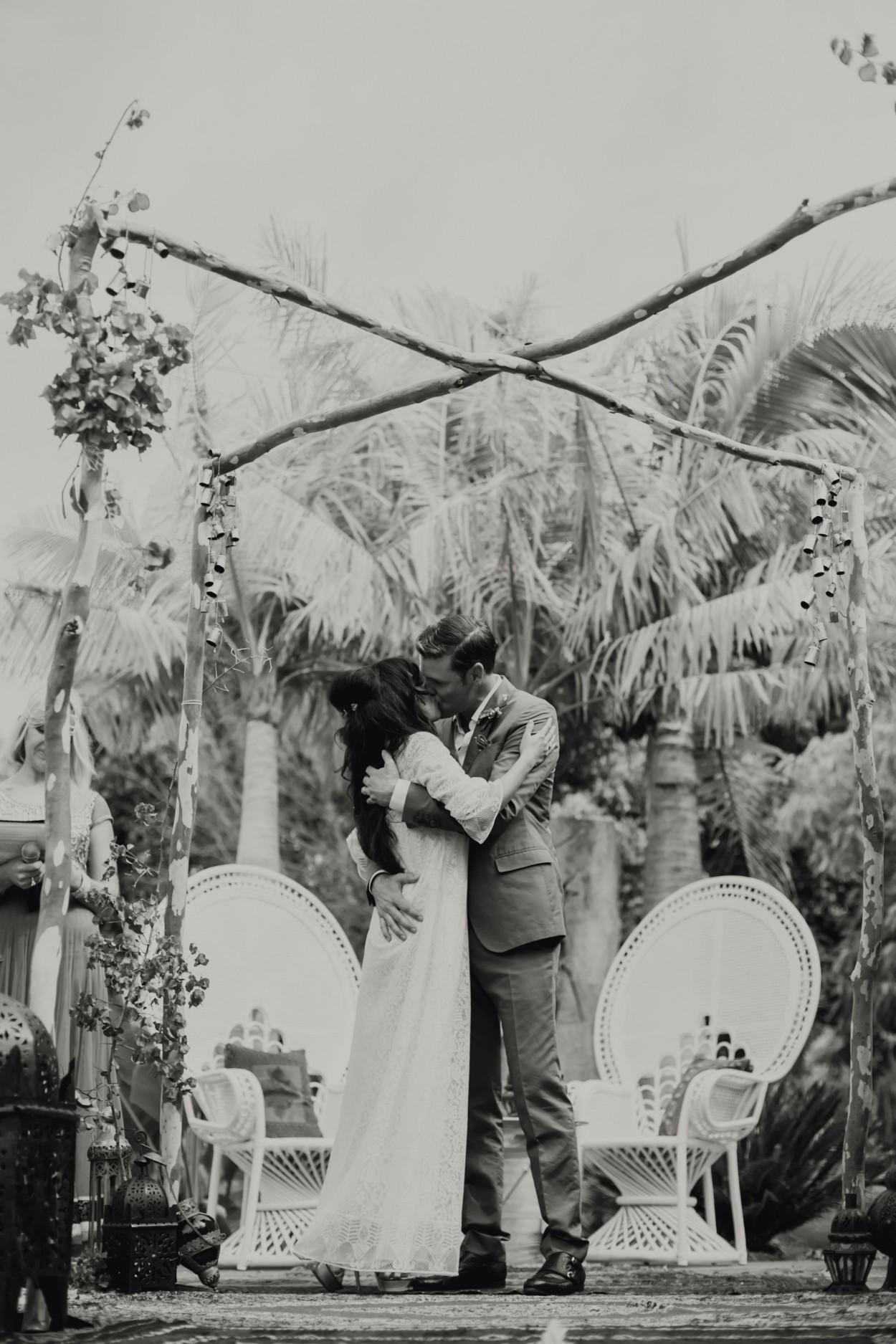 I-Got-You-Babe-Weddings-The-Riad-Byron-Bay-Wedding-Kitty-Jimmy081.jpg