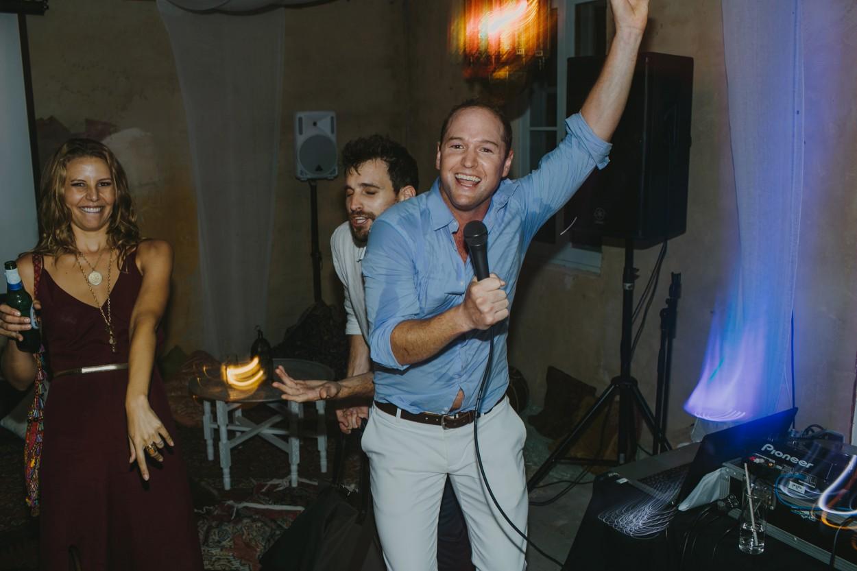 I-Got-You-Babe-Weddings-The-Riad-Byron-Bay-Wedding-Kitty-Jimmy193.jpg