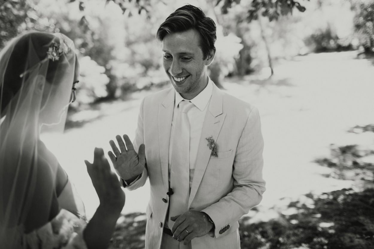 I-Got-You-Babe-Weddings-Heide-Museum-of-Modern-Art-Elopement-Susie-Nathan031.jpg