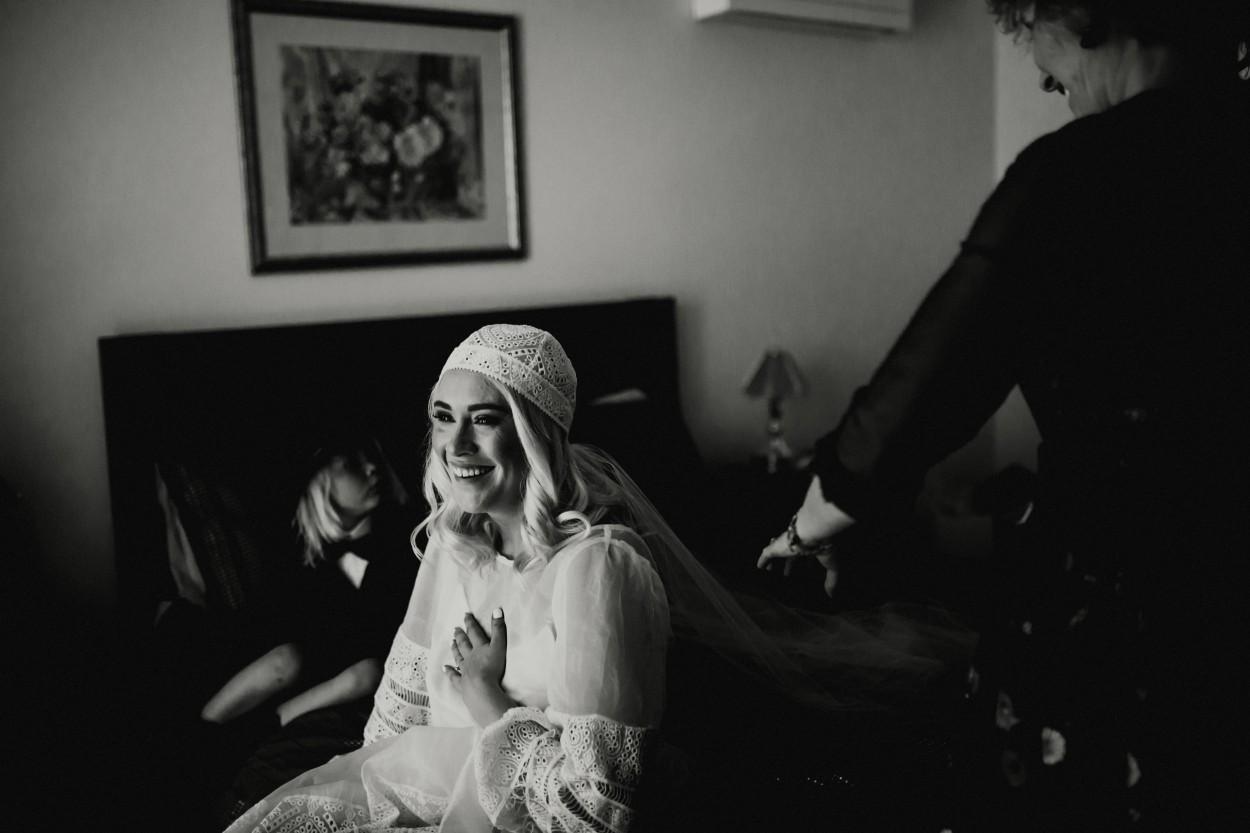 I-Got-You-Babe-Weddings-Farm-Wedding-Emma-Tim055.jpg