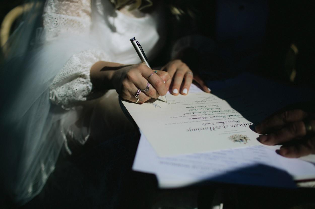 I-Got-You-Babe-Weddings-Farm-Wedding-Emma-Tim117.jpg
