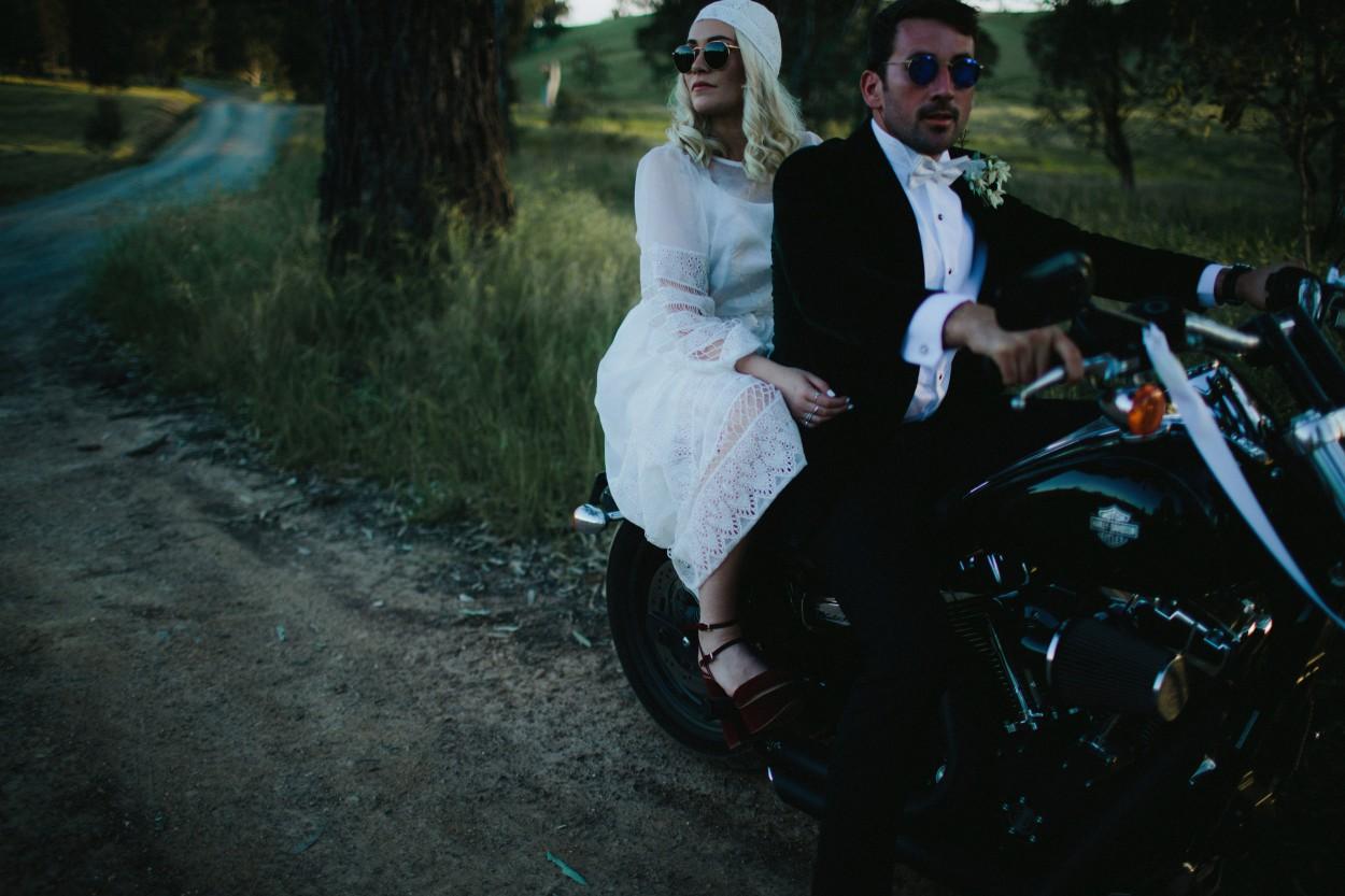 I-Got-You-Babe-Weddings-Farm-Wedding-Emma-Tim240.jpg