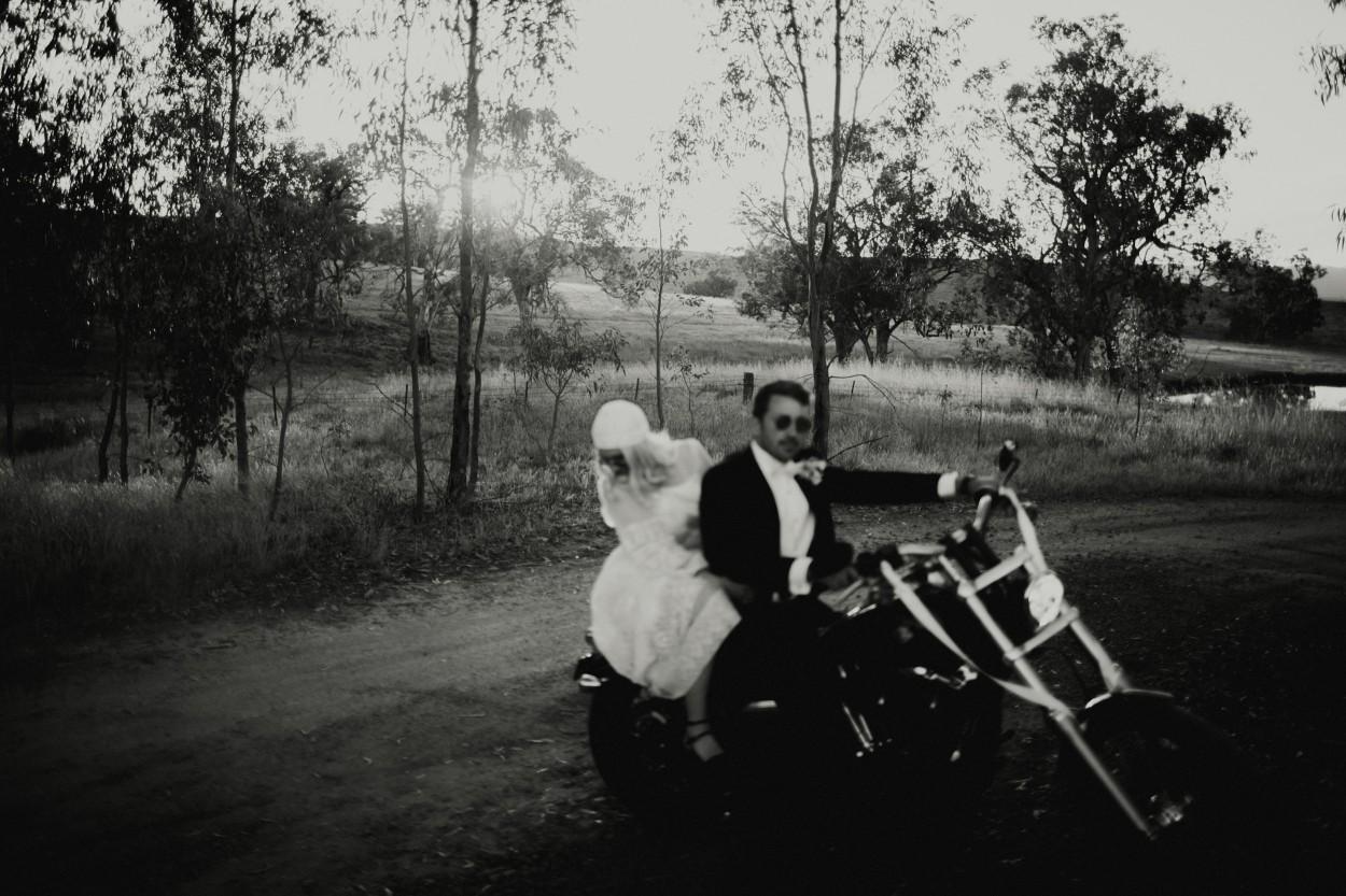 I-Got-You-Babe-Weddings-Farm-Wedding-Emma-Tim241.jpg