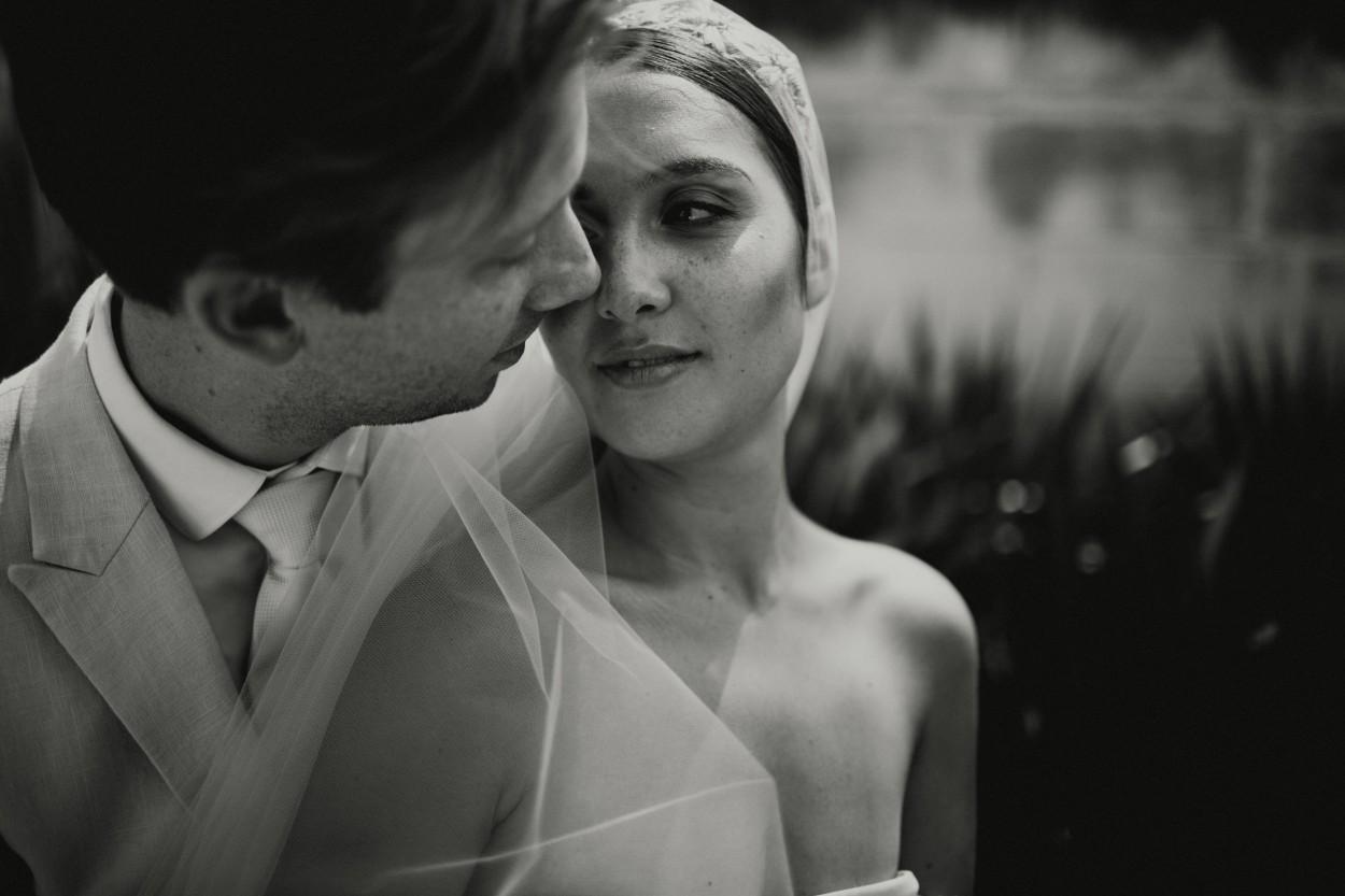 I-Got-You-Babe-Weddings-Heide-Museum-of-Modern-Art-Elopement-Susie-Nathan081.jpg