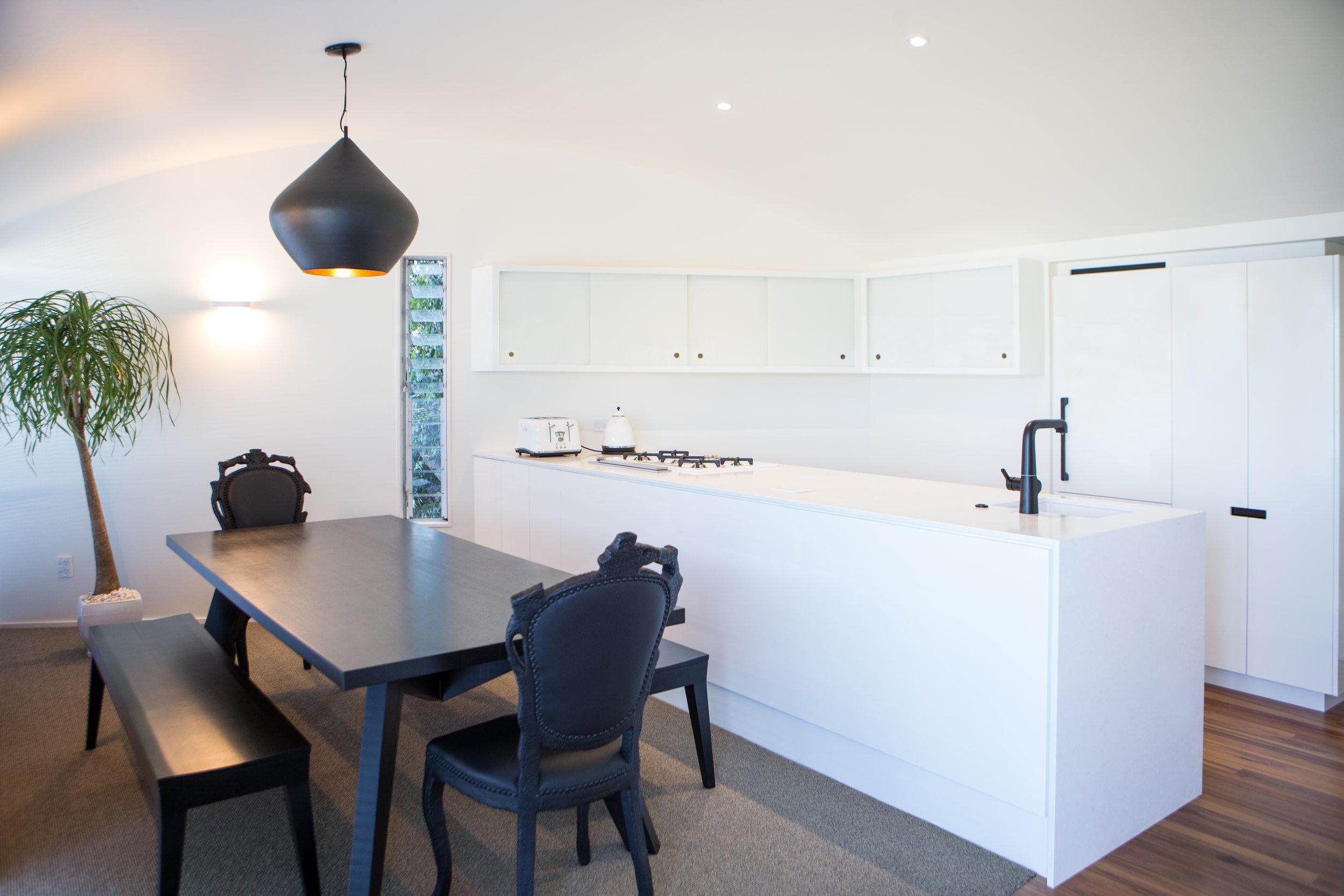 In Haus Design White Kitchen 01.jpg
