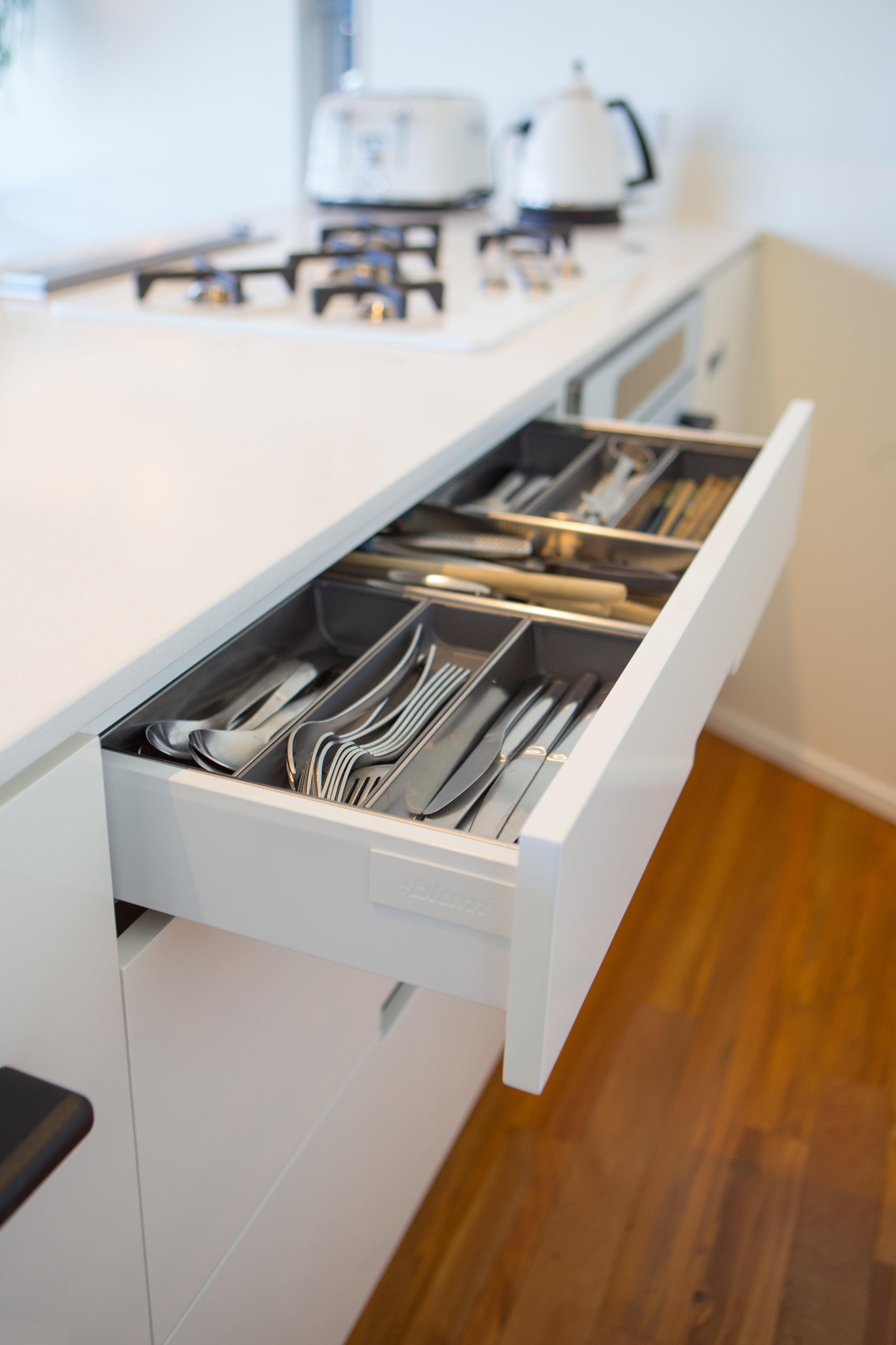 In Haus Design White Kitchen 12.jpg
