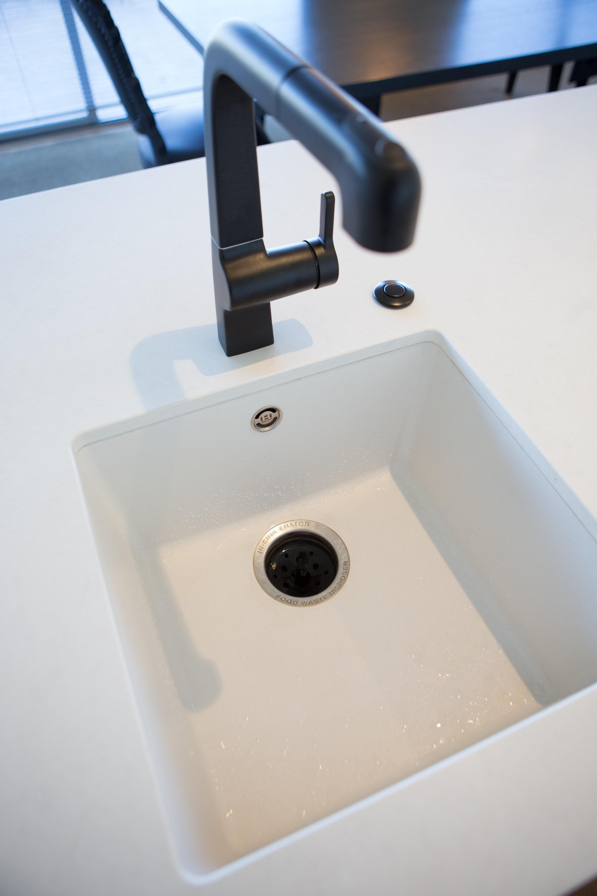 In Haus Design White Kitchen 07.jpg