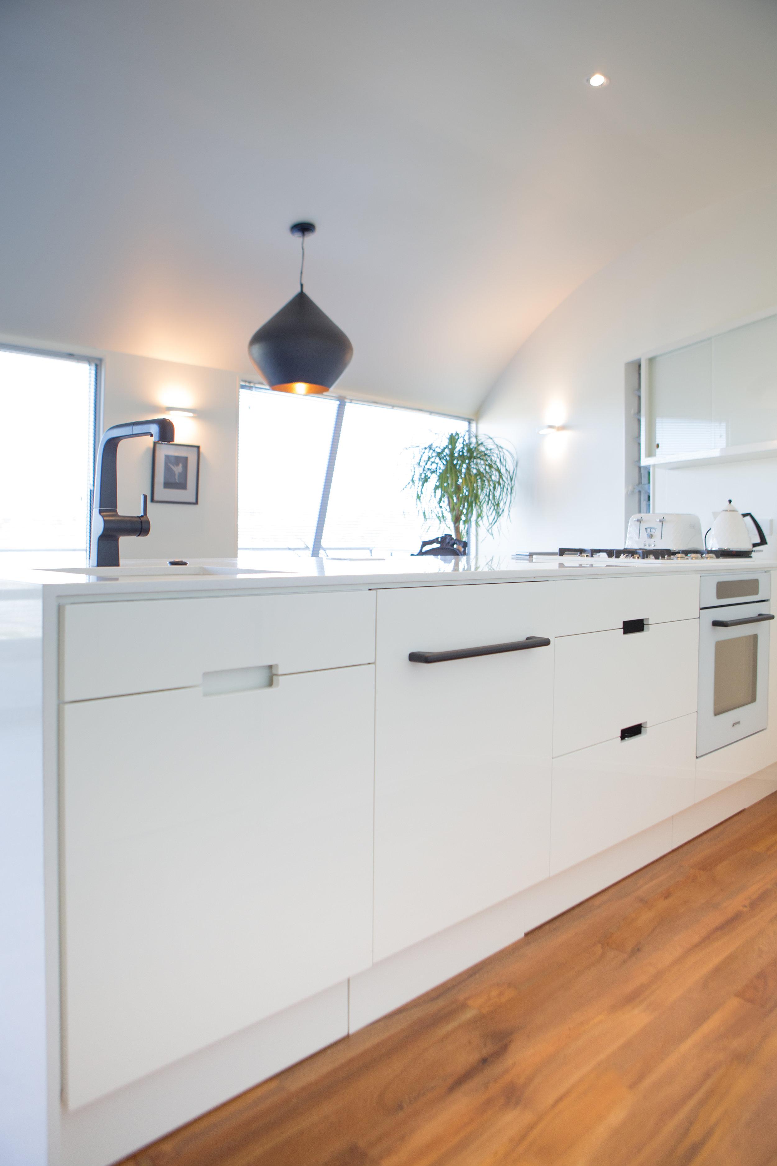 In Haus Design White Kitchen 15.jpg