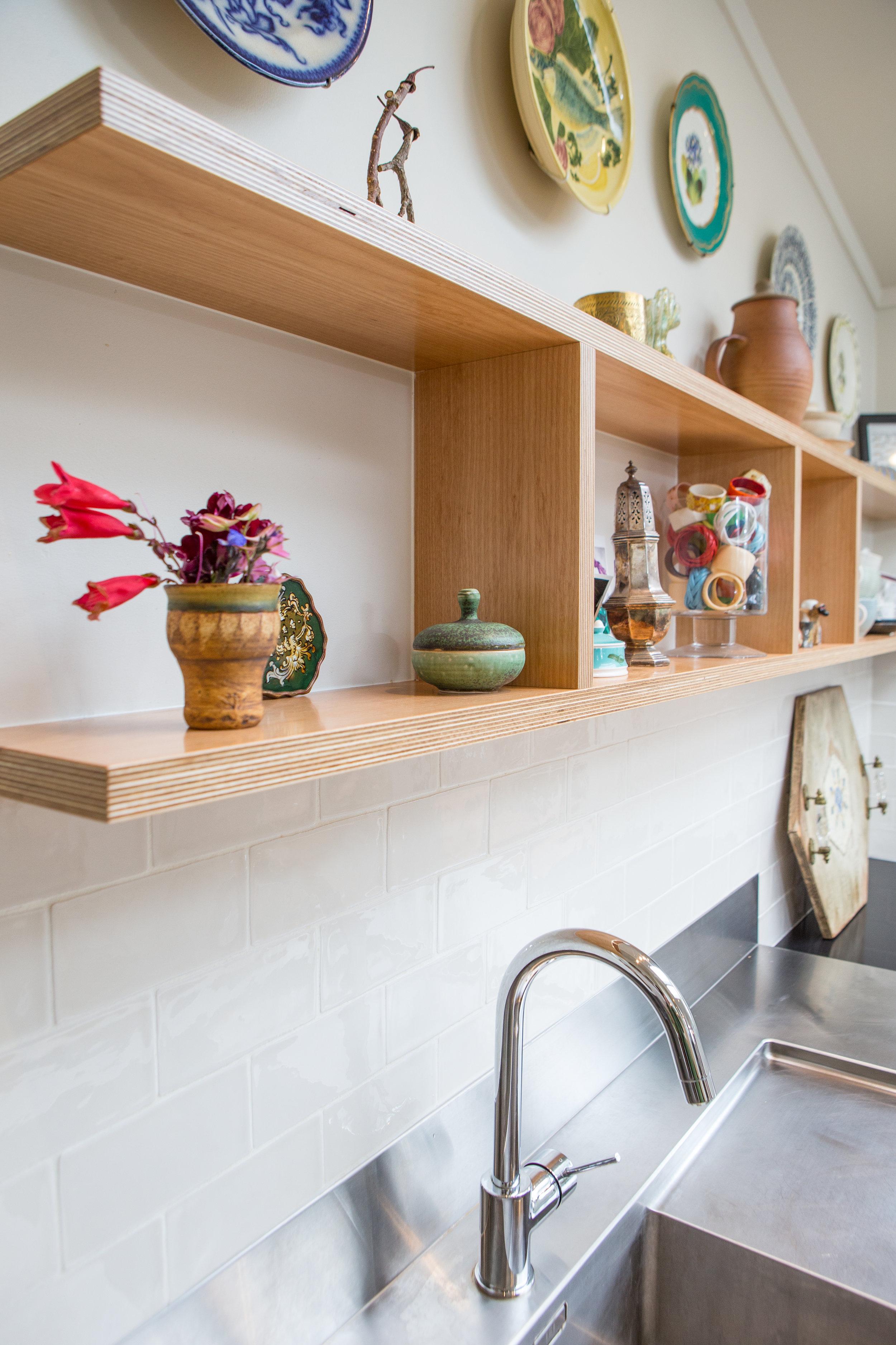 In Haus Design Green Kitchen 08.jpg