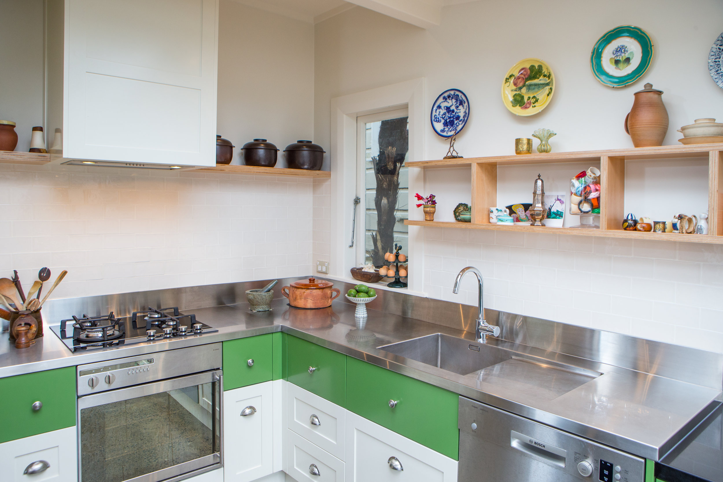 In Haus Design Green Kitchen 13.jpg
