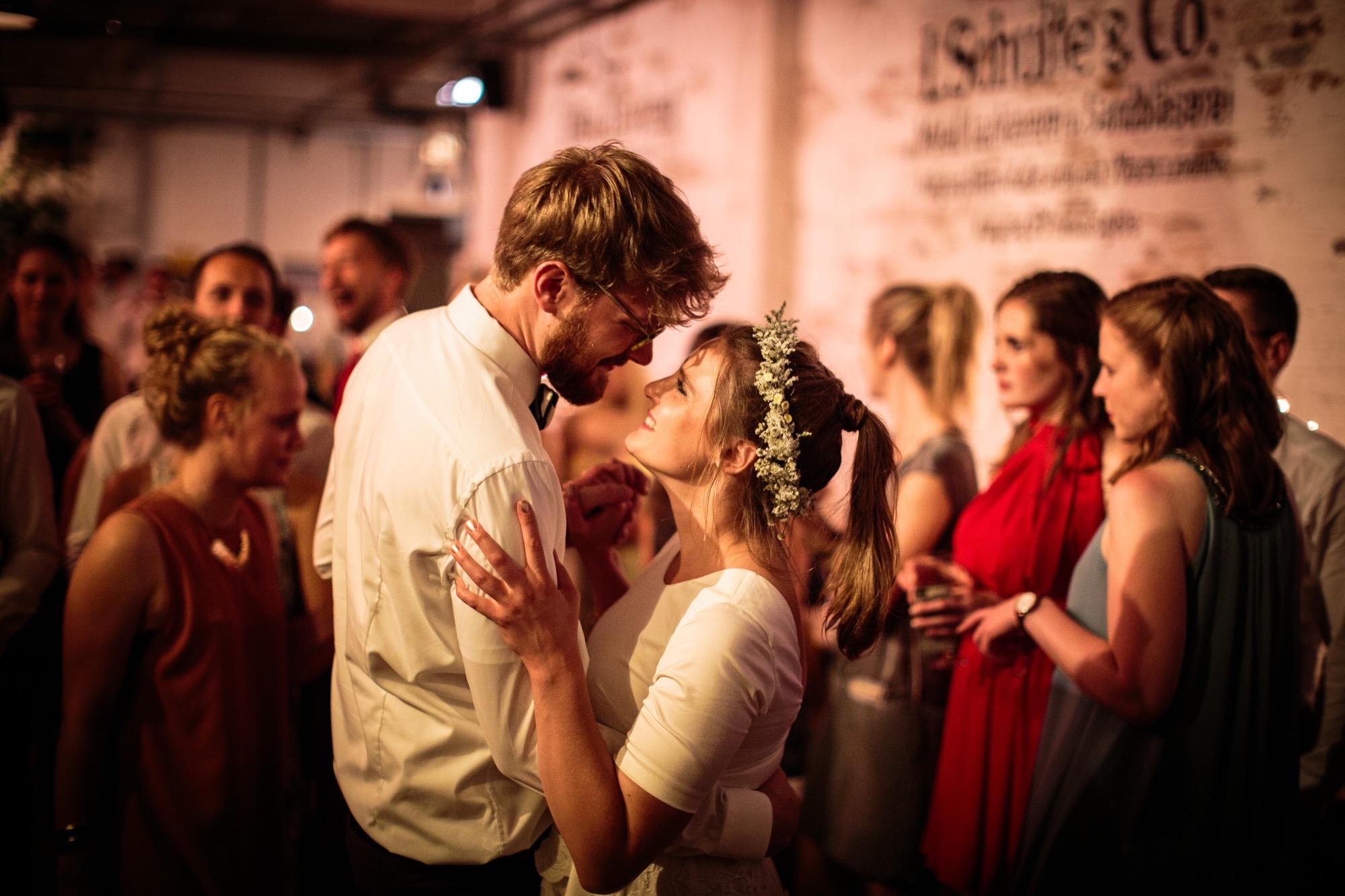 Anna und Viktors Hochzeit ansehen