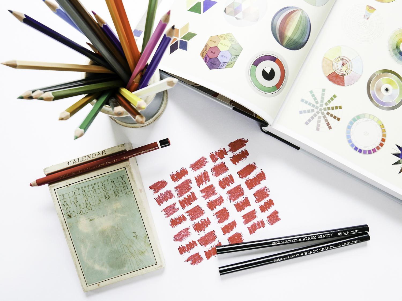rowney-pencils-colour-antique.jpg