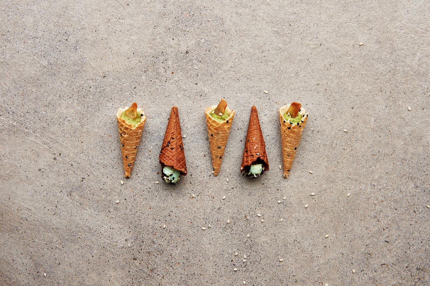 Gustronomy (F&B) - Dubai    Creative content & website