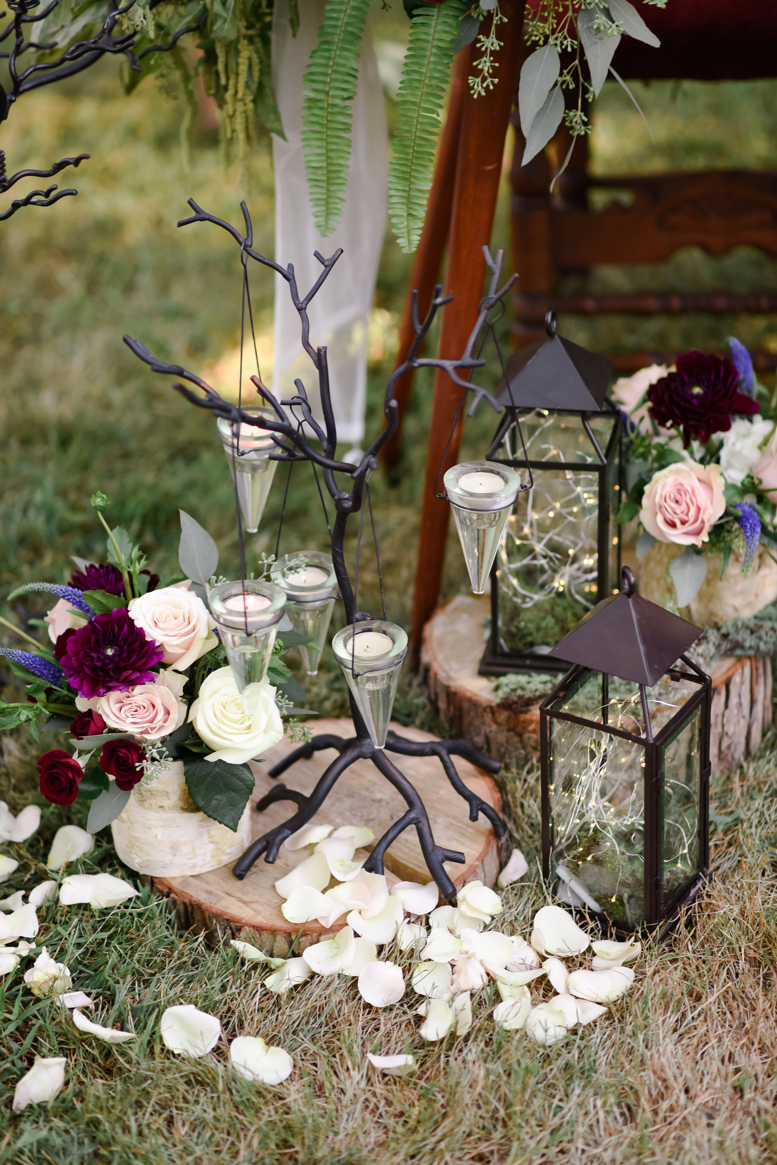 midsummers-eve-wedding-floral-blush-dress-david-tutera-cary-hill-plantation-photo-virginia-bride-121.jpg
