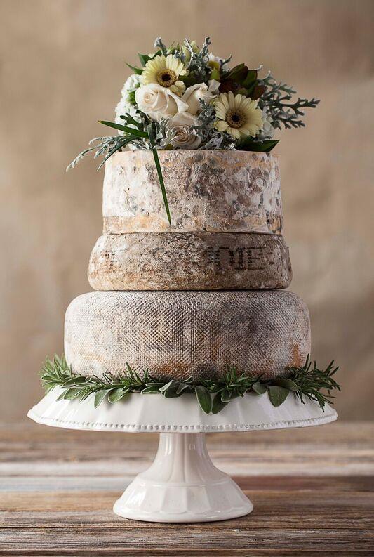 Alternative Wedding Cake | Cheese wheel cake