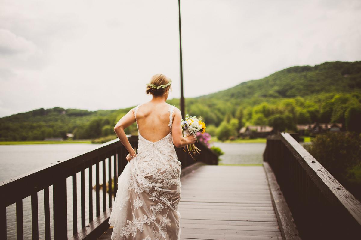 taylor-travis-grandfather-mountain-kelley-raye-north-carolina-wedding-photographer-17.jpg