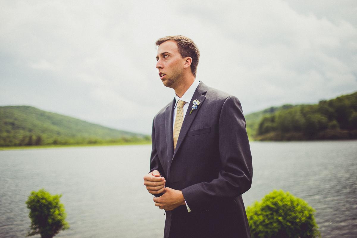 taylor-travis-grandfather-mountain-kelley-raye-north-carolina-wedding-photographer-28.jpg