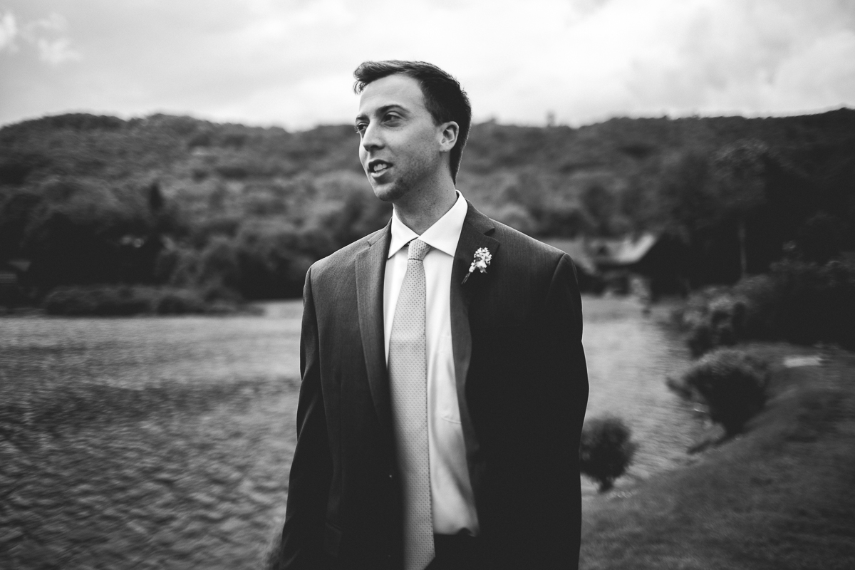 taylor-travis-grandfather-mountain-kelley-raye-north-carolina-wedding-photographer-30.jpg