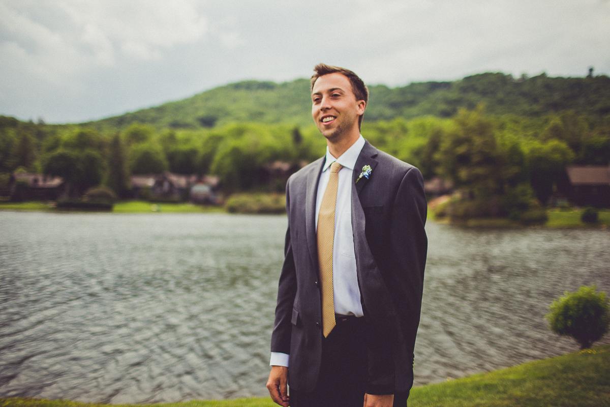 taylor-travis-grandfather-mountain-kelley-raye-north-carolina-wedding-photographer-29.jpg