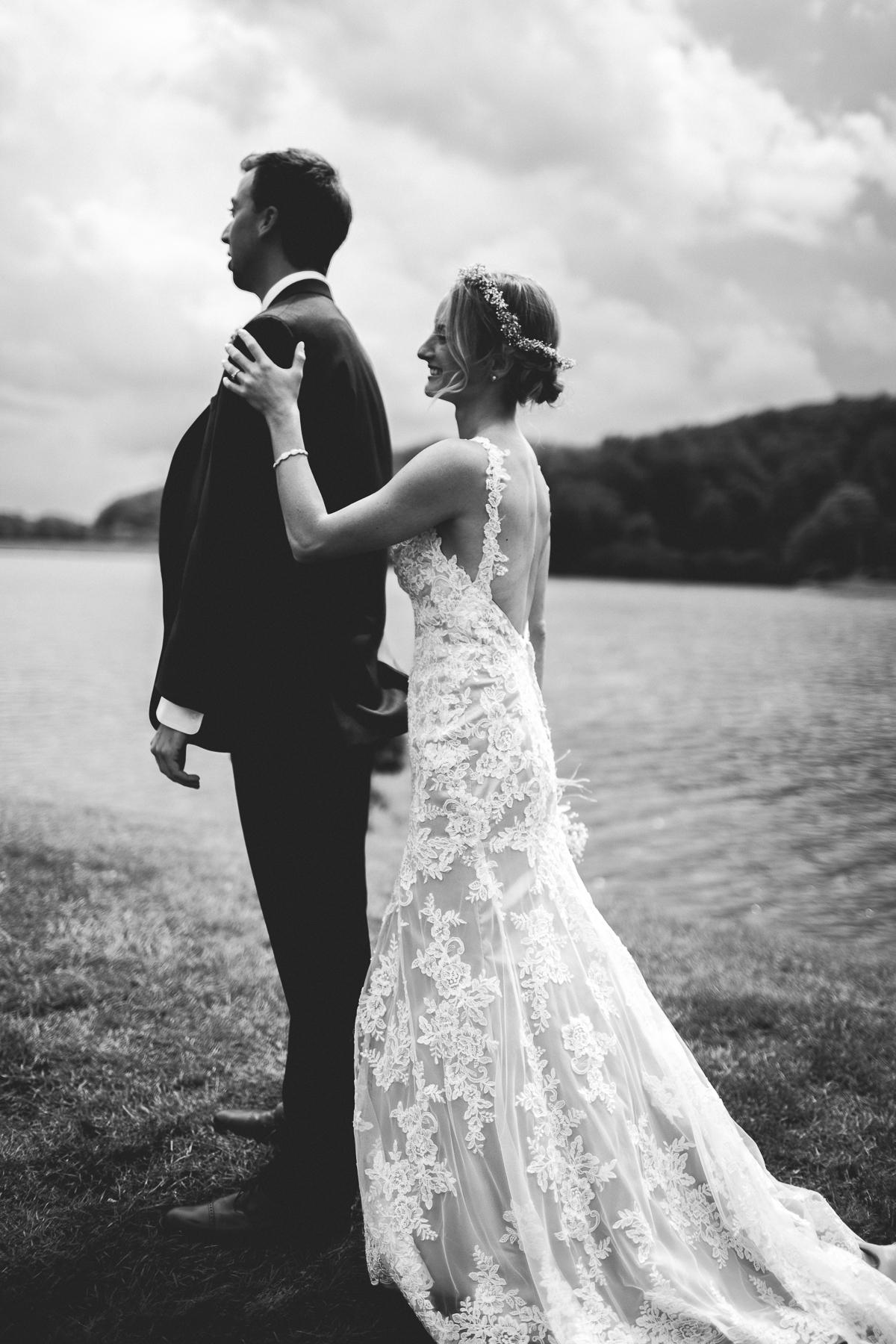 taylor-travis-grandfather-mountain-kelley-raye-north-carolina-wedding-photographer-34.jpg