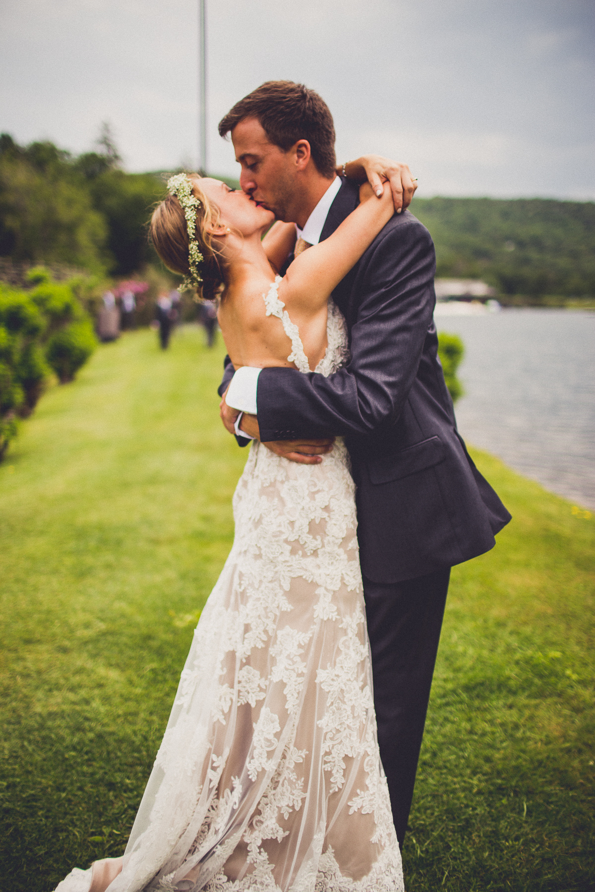 taylor-travis-grandfather-mountain-kelley-raye-north-carolina-wedding-photographer-42.jpg