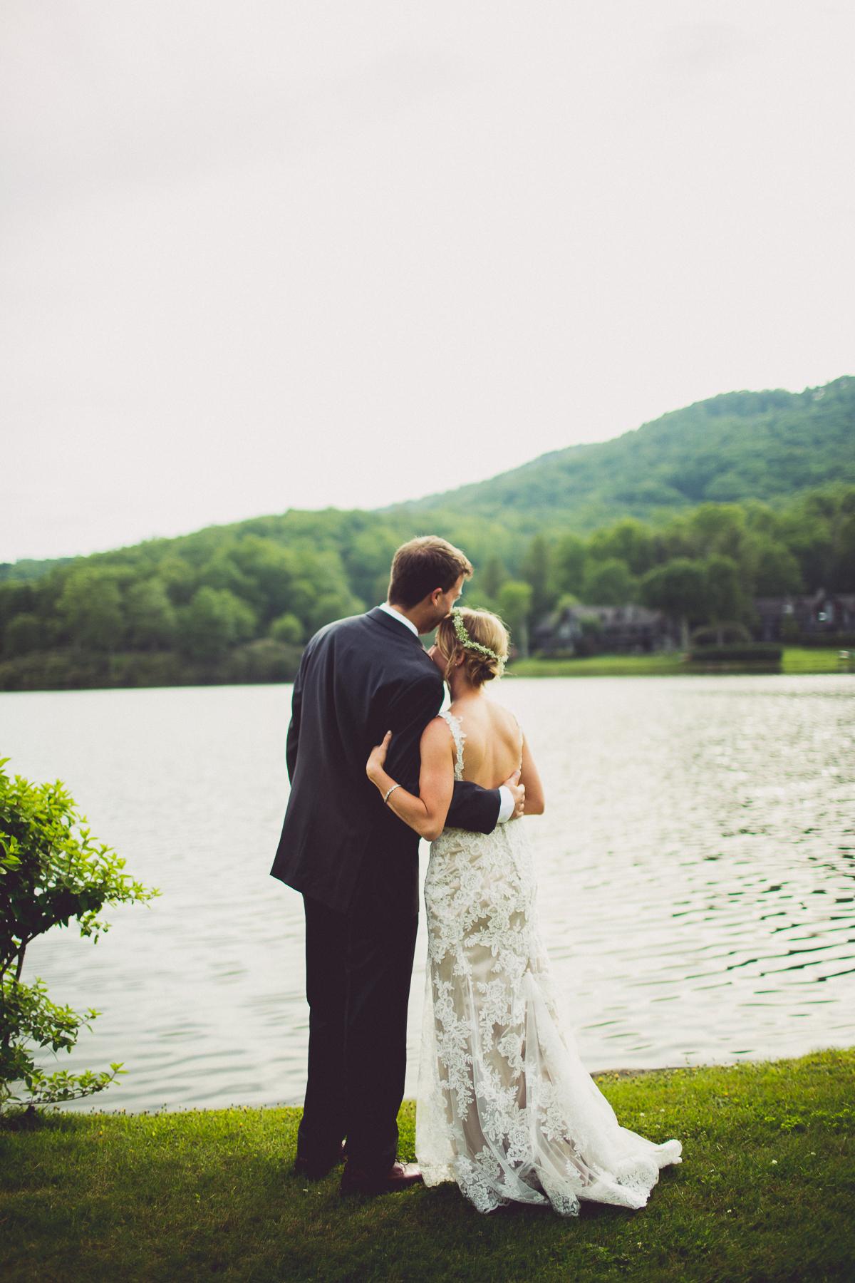 taylor-travis-grandfather-mountain-kelley-raye-north-carolina-wedding-photographer-96.jpg