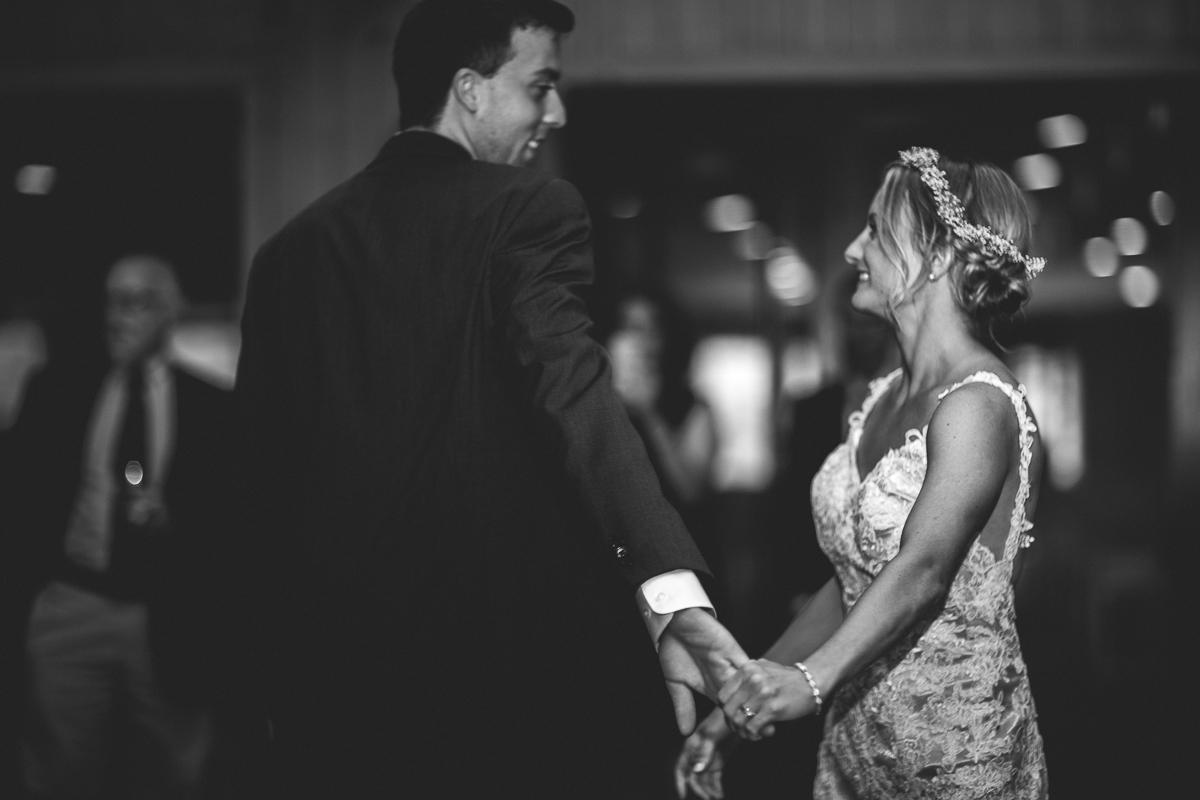 taylor-travis-grandfather-mountain-kelley-raye-north-carolina-wedding-photographer-103.jpg