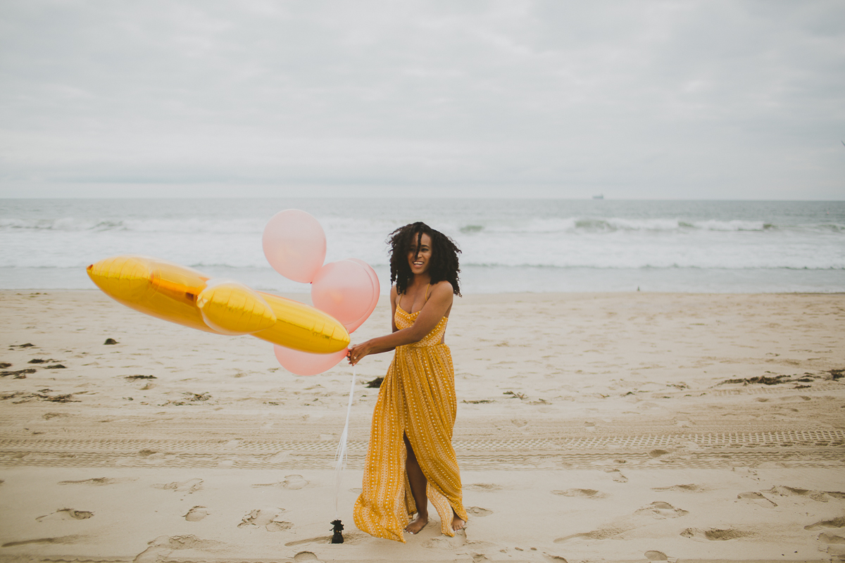 manhattan-beach-yellow-maxi-birthday-shoot-kelley-raye-los-angeles-atlanta-branding-photographer-1.jpg