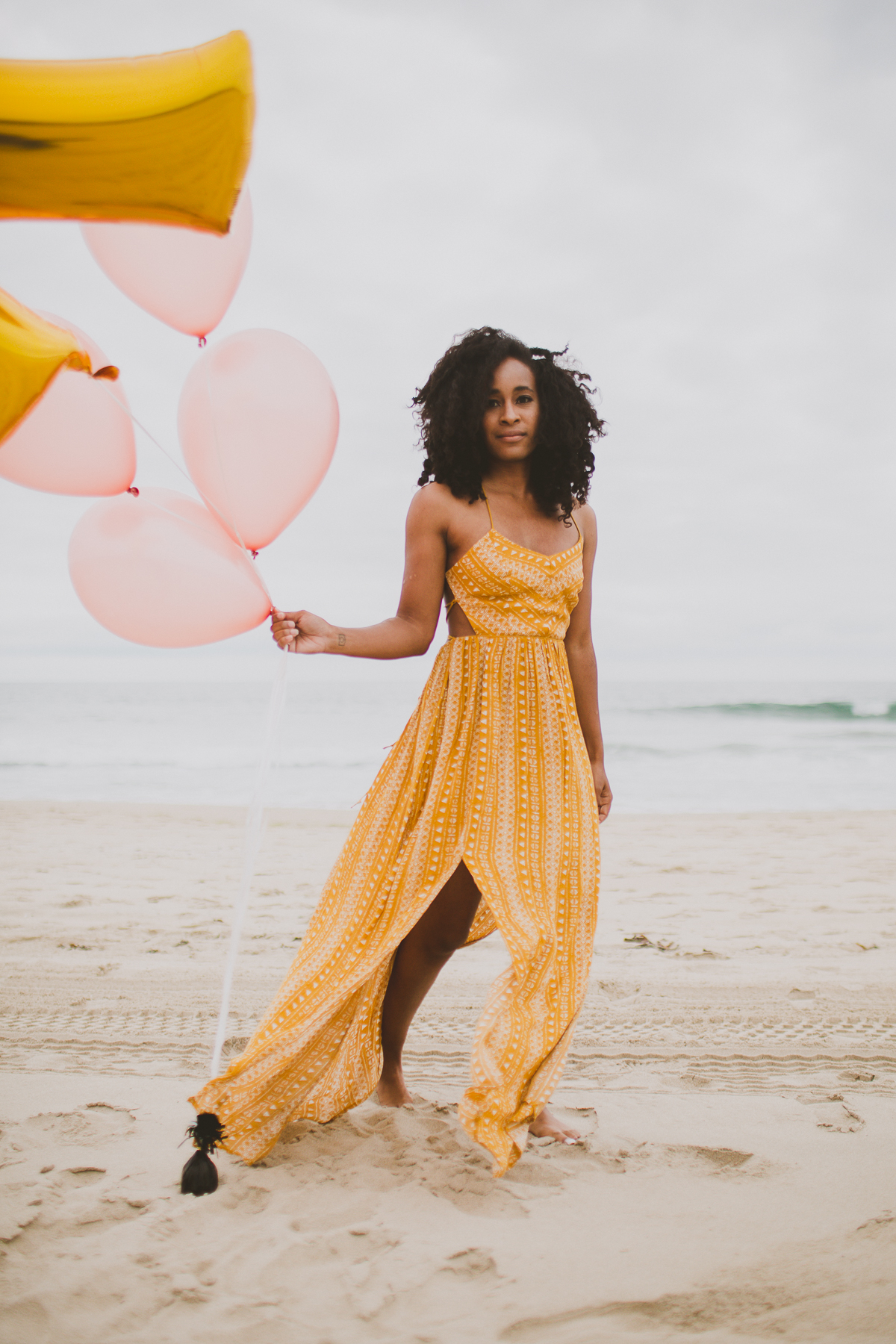 manhattan-beach-yellow-maxi-birthday-shoot-kelley-raye-los-angeles-atlanta-branding-photographer-5.jpg