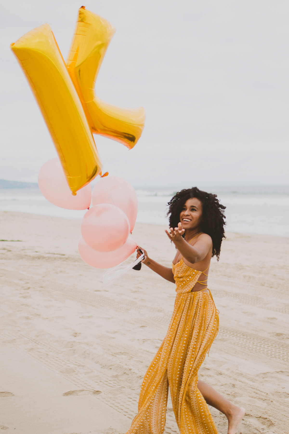 manhattan-beach-yellow-maxi-birthday-shoot-kelley-raye-los-angeles-atlanta-branding-photographer-11.jpg