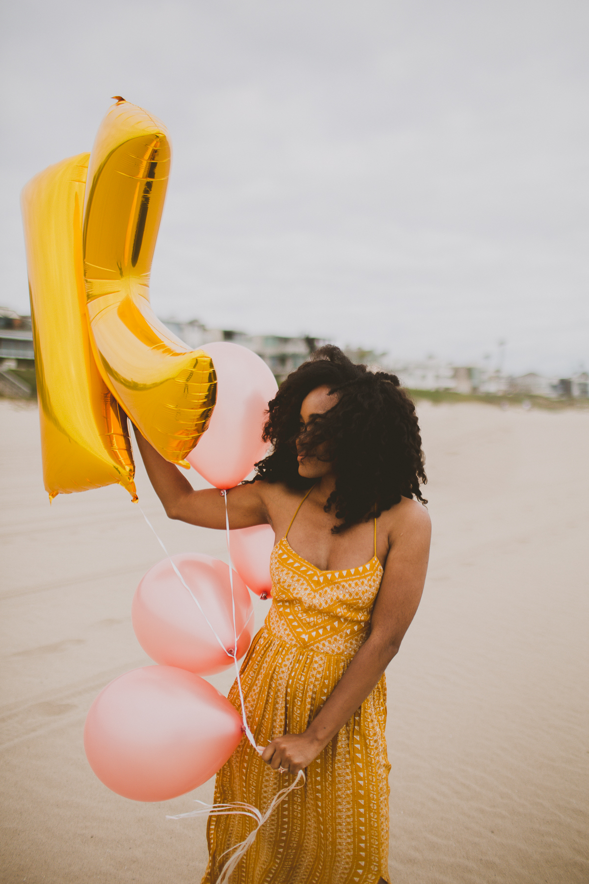 manhattan-beach-yellow-maxi-birthday-shoot-kelley-raye-los-angeles-atlanta-branding-photographer-13.jpg