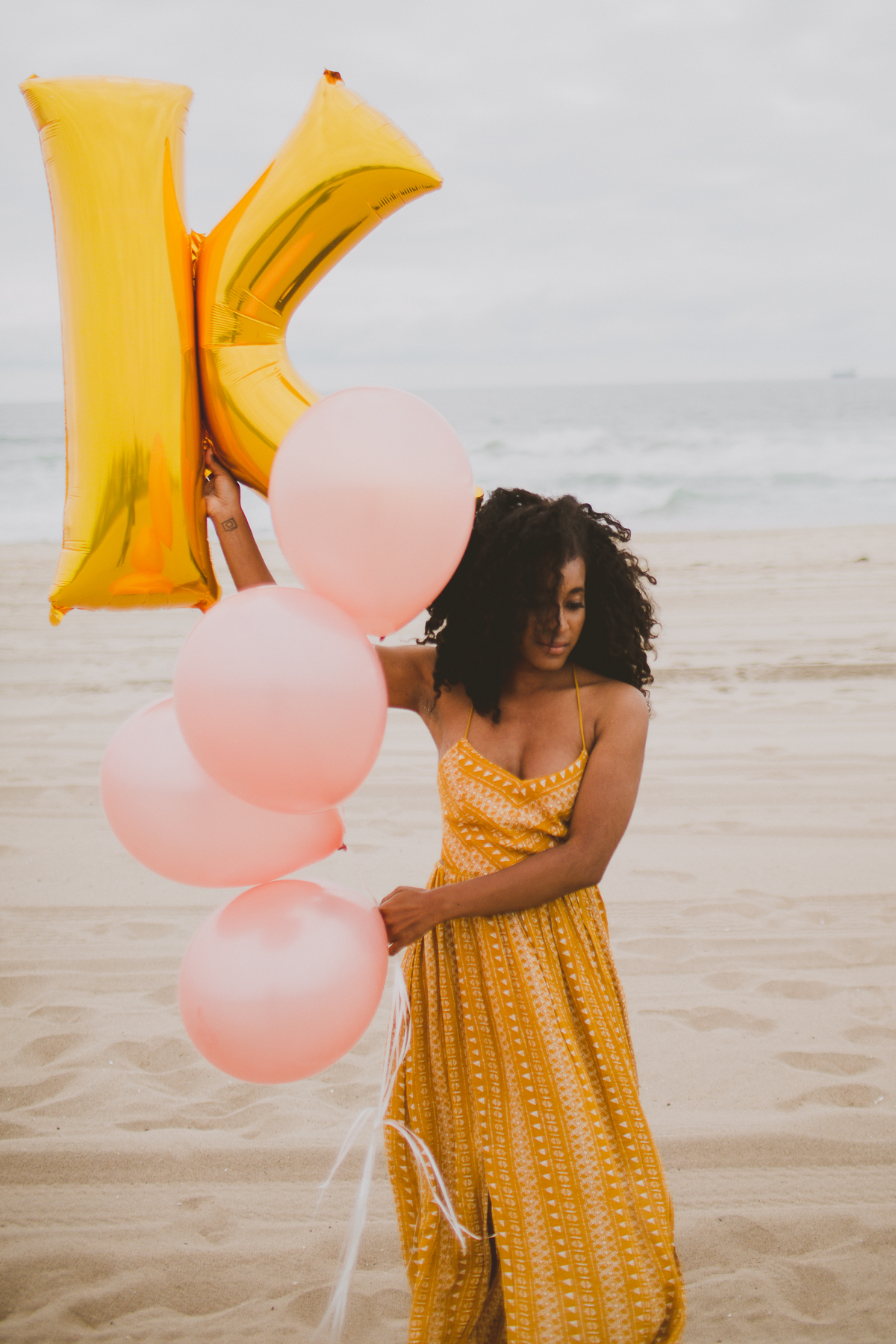 manhattan-beach-yellow-maxi-birthday-shoot-kelley-raye-los-angeles-atlanta-branding-photographer-14.jpg